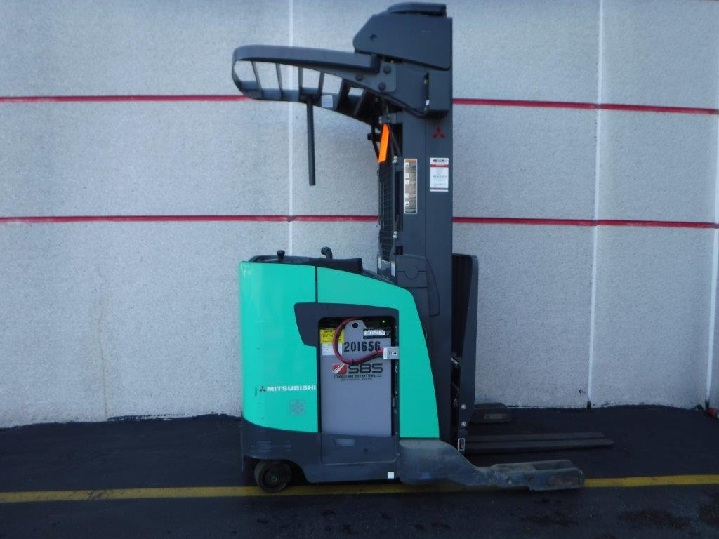 Used Mitsubishi Reach Forklift For Sale. 3,500 lb Capacity and Triple Stage Mast.